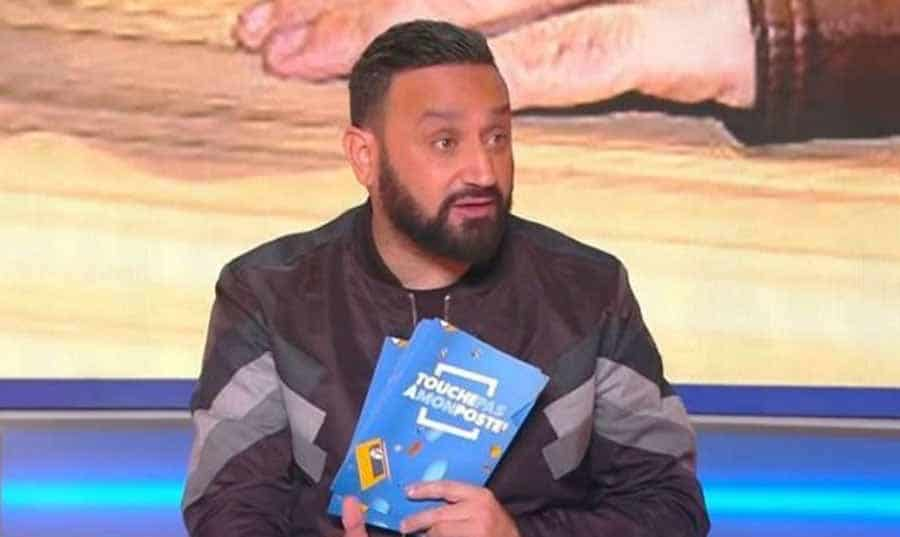 Cyril Hanouna gifle