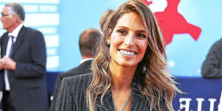 Laury Thilleman nue